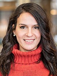 Melanie DeLuise, CRNP headshot