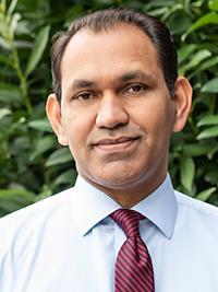 Tariq Mahmood, MD headshot