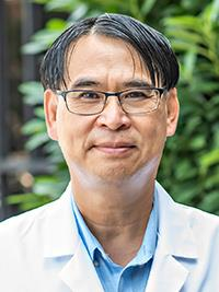 Minh Q. Nguyen, MD headshot